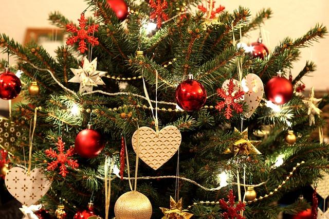 Künstlicher Weihnachtsbaum Für Aussenbereich.Ein Künstlicher Weihnachtsbaum Die Praktische Alternative